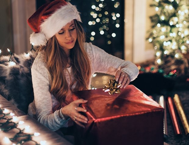 Новогодняя лихорадка: какие подарки в тренде и что стоит купить сегодня, чтобы сэкономить