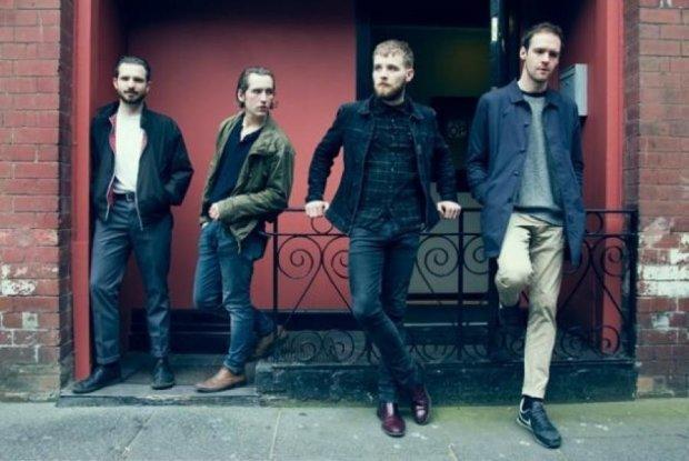 Шотландских музыкантов оставили в Киеве без денег и паспортов