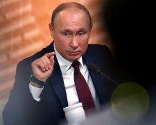 Путін на великій прес-конференції, фото з вільних джерел