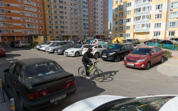 Штраф за парковку: украинцам озвучили правила и цифры
