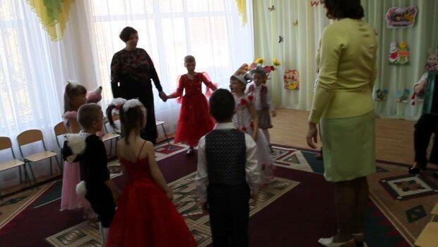 В Виннице у сирот отобрали детство и выбросили на свалку: циничные кадры всколыхнули Украину