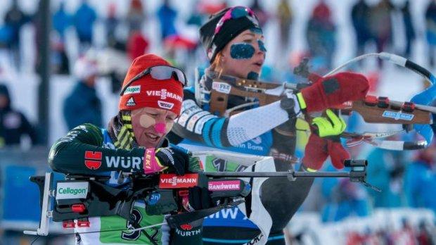 Норвезькі біатлоністки виграли естафету на Кубку світу, збірна України стала 14-ю