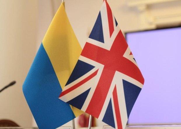 Британські інструктори почали тренувати українську армію