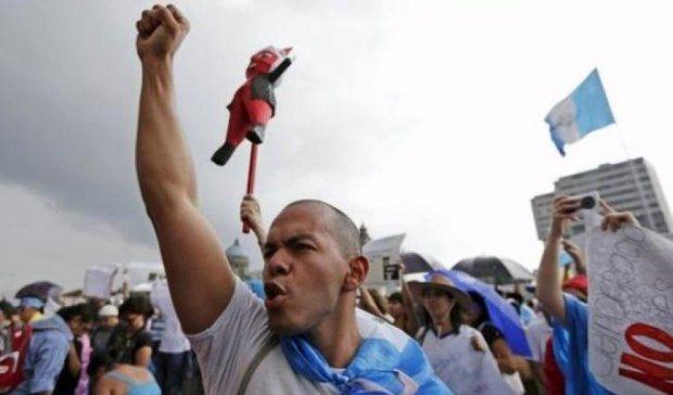 Гватемальці влаштували криваву розправу над мером за брудну політику