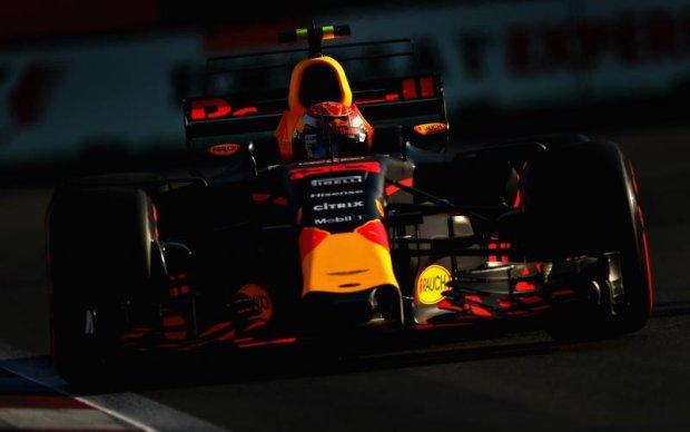 Формула 1: Ферстаппен показав найкращий час на перших двох практиках у Баку