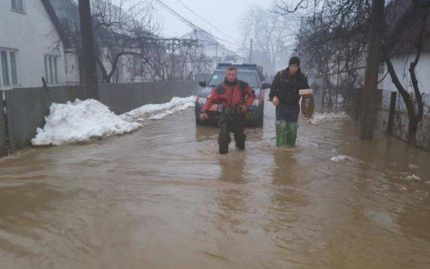На межі катастрофи: український регіон стрімко йде під воду