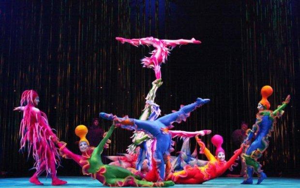 Акробат Cirque du Soleil показал по-настоящему смертельный номер