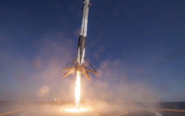SpaceX показала кадри повторного запуску ракети-носія Falcon 9