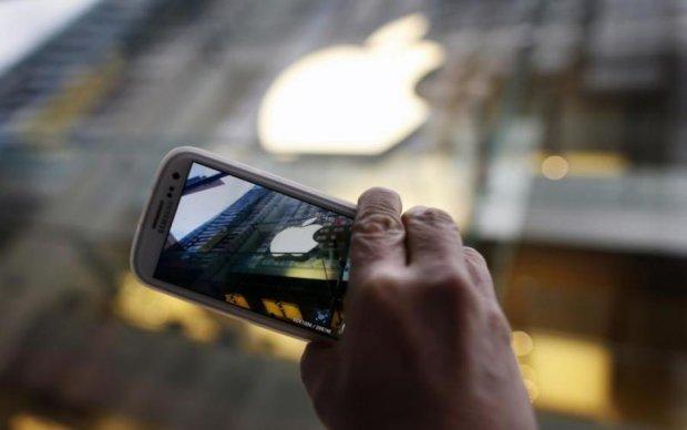 Samsung снова погнался за Apple
