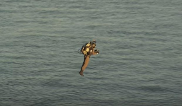 У США випробували перший літаючий реактивний ранець (відео)