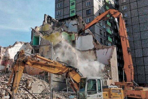 Мокрого місця не залишилося: труп вінничанина ледь дістали з-під бетонного завалу