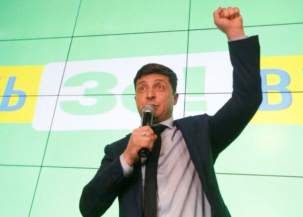 Политолог рассказал, сможет ли Зеленский объединить страну