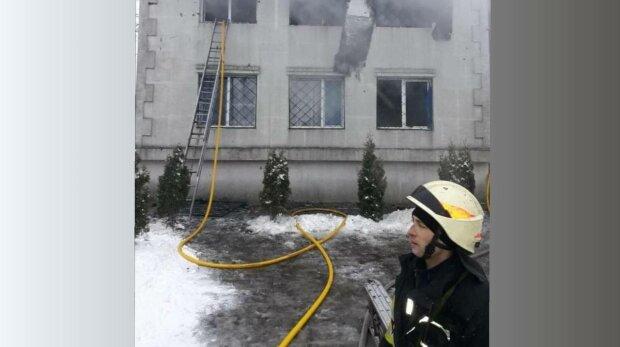 Пожежа в Харкові, фото: ДСНС України