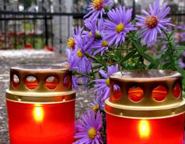 поминки, свечки, лампадка \\ фото из свободных источников