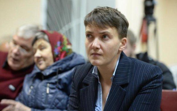 Шмон закінчено: мати Савченко розповіла, що шукав Луценко