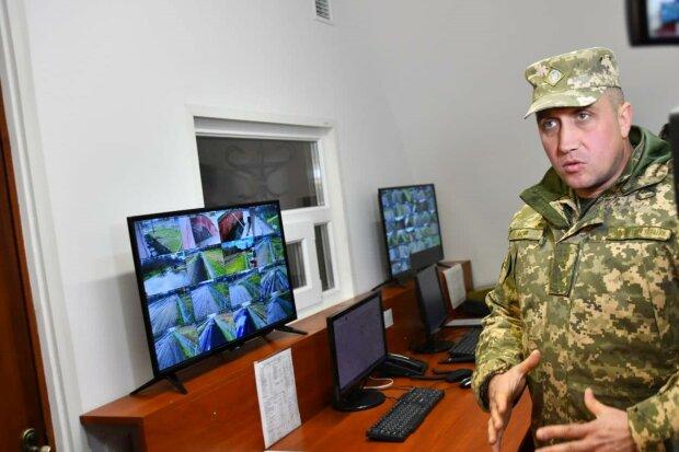 """В Калиновке вновь раздаются взрывы: военные утверждают, что """"все по плану"""""""