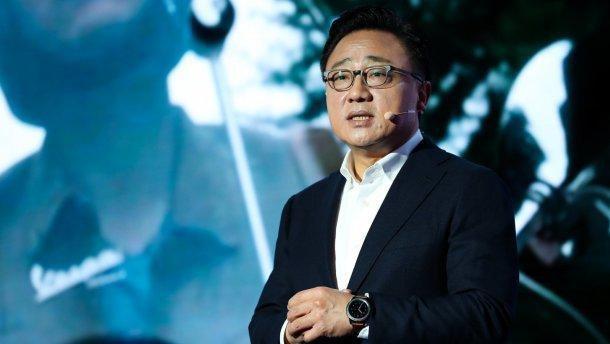 Глава Samsung визнав очевидне: ми програли