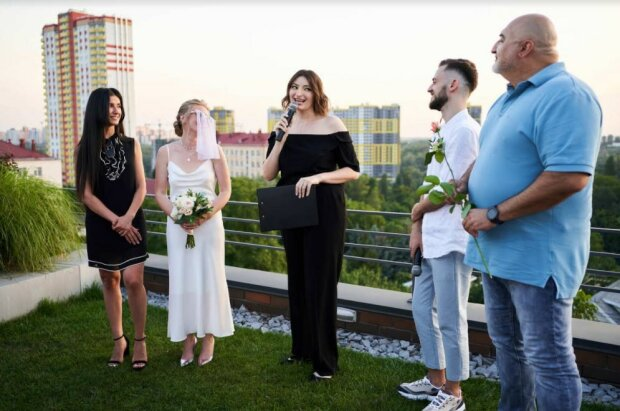 """Весілля актриси """"жіночого кварталу"""", фото: прес-служба кварталу"""