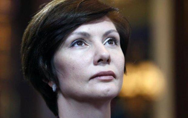 Подвійне дно соратниці Януковича: як живе донька екс-регіоналки