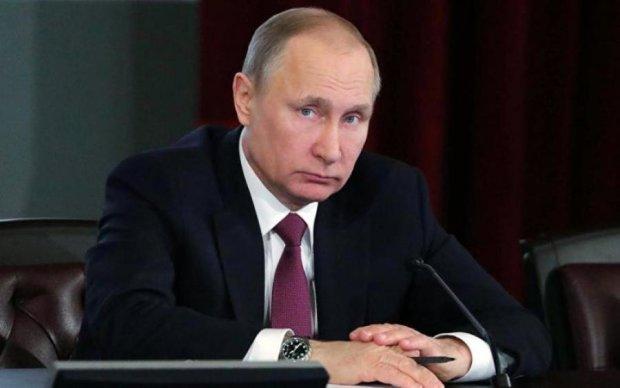 """Война санкций: у Трампа показали список путинских """"счастливчиков"""""""
