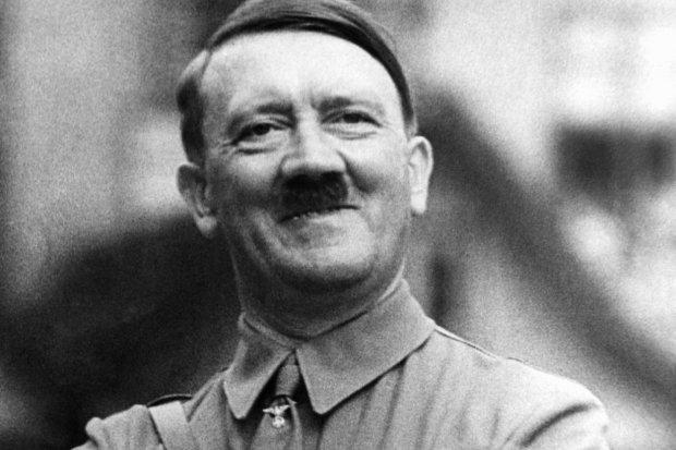 """Больше не приходится гадать: наконец выяснилось, куда делся """"застреленный"""" Гитлер"""