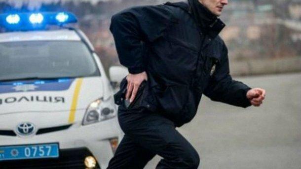 """Маленькі франківчанки записалися в """"поліцейську академію"""": подробиці мужнього вчинку"""