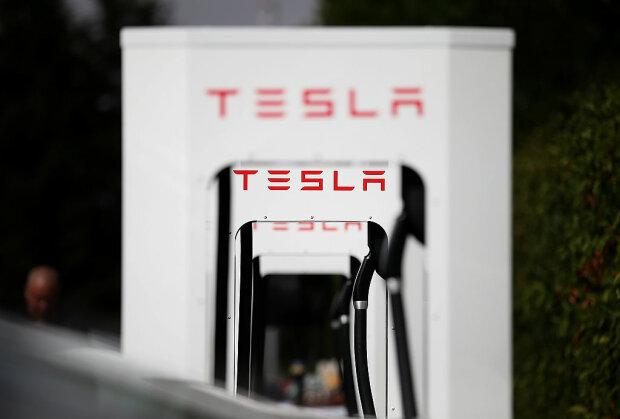 Tesla, gettyimages
