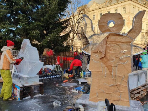 Льодові скульптури / фото: Galnet