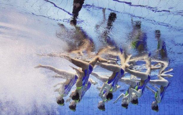 Синхронне плавання перейменували