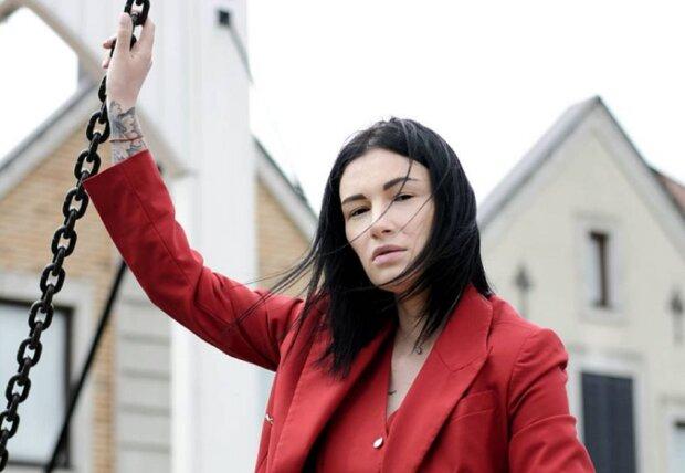 """Анастасия Приходько отказалась от еды, фанаты в ужасе: """"Страшно..."""""""