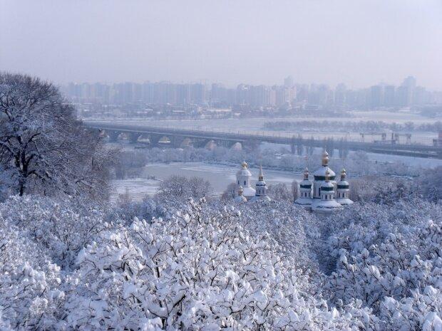 Зима влаштує екстремальний четвер в Києві, 30 січня під роздачу потраплять всі