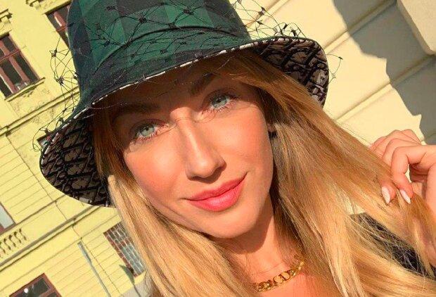 """Никитюк в Праге поставила фанатов в неловкое положение: """"Ага, хитрая!"""""""
