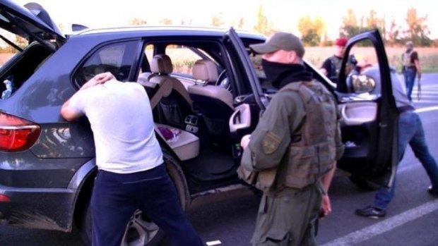 """День открытых дверей: полиция отпустила 106 """"воров в законе"""" (видео)"""