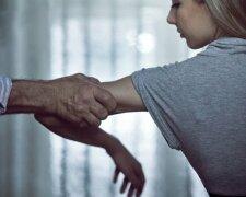 Сімейне насильство в Україні набуває трагічних масштабів, Тengrinews