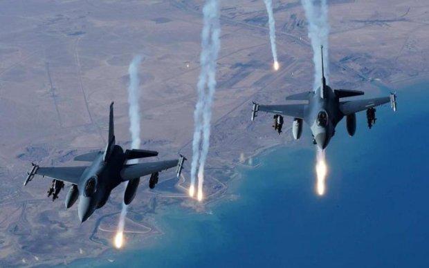 Израиль ударил ракетами по Асаду
