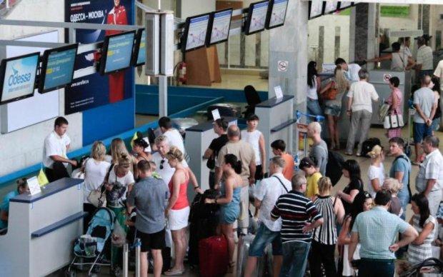 Авиакомпании массово издеваются над украинцами: что делать, если рейс отменили или задержали