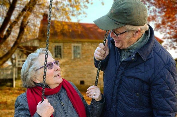 Гройсман выдвинул два условия пенсионерам: выполните – заплатим