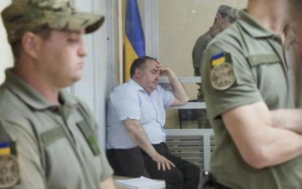 """Двойное гражданство и связи в армии: что известно о """"заказчике"""" убийства Бабченко"""