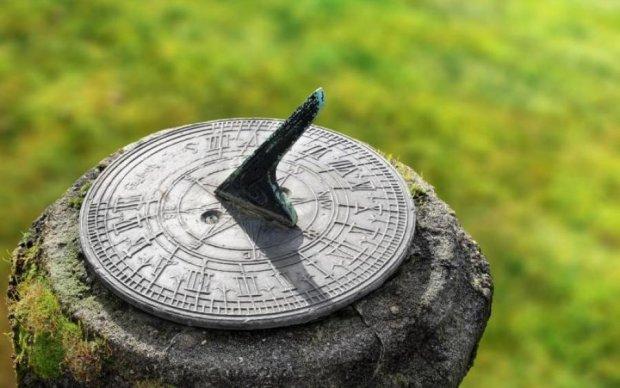 Людство повернеться до сонячного годинника