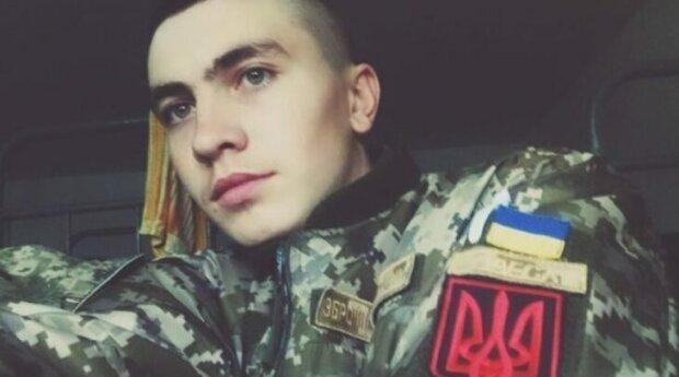 солдат Микола Довженко