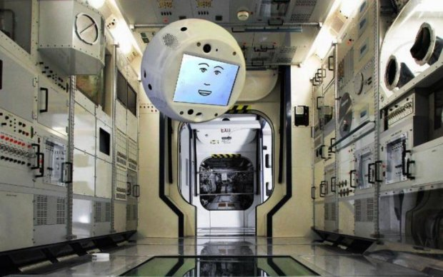 NASA вперше відправить голосового помічника у космос