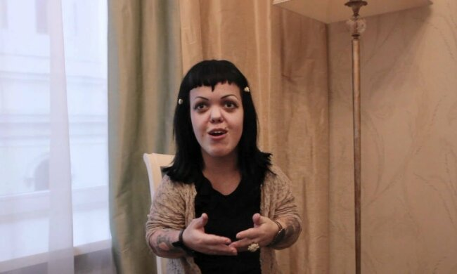 Анна Каст, фото YouTube
