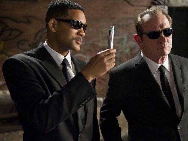"""Горячие агенты, галактические твари и острый юмор: появился трейлер новых """"Людей в черном"""""""