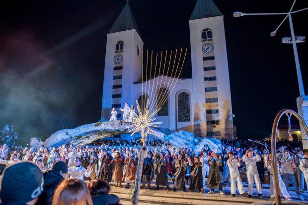 Украинское Рождество понеслось в Грецию: колядки, вертепы, угощения, вход свободный