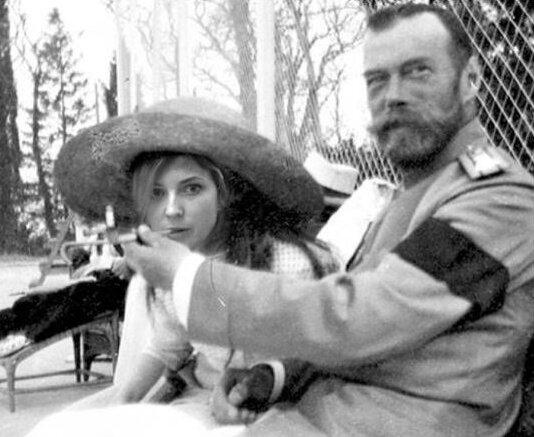 Налия Поклонская и Николая II, фотоколлаж