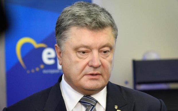 На Банковой раскрыли детали беседы Порошенко и Трампа