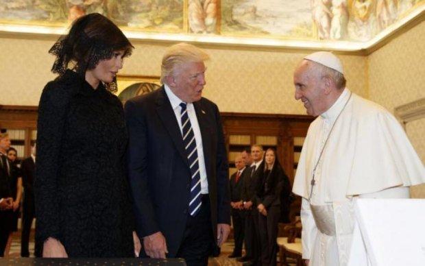 Меланія Трамп не впоралася з Папою Римським: відео