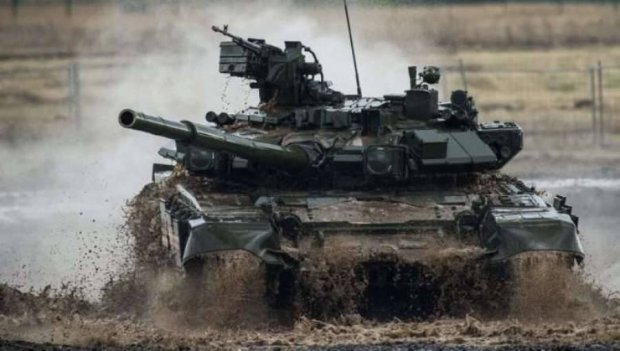Російські танки зайняли прикордонне українське село