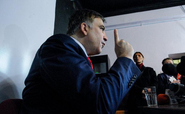 Суд неожиданно встал на сторону Саакашвили: пойдет на парламентские выборы