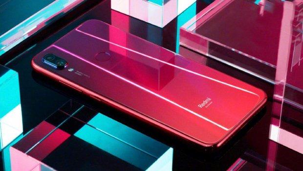 Xiaomi Red Note 7: перший смартфон від дочірньої компанії